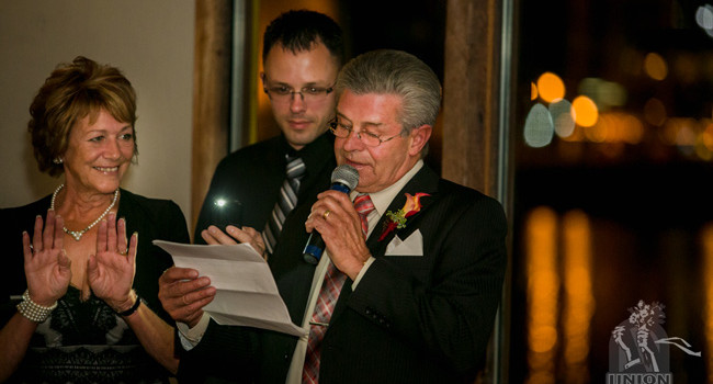 groom's father gives his funny speech